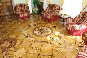 How to choose a floor covering for a private house